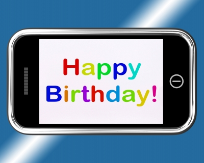Top saludos de cumpleaños para enviar por WhatsApp con imágenes