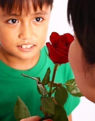 Imágenes con lindos poemas para dedicar en el día de la madre