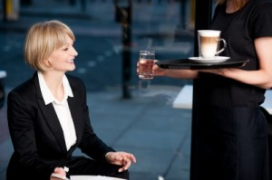 Ejemplos de compañías que entrenan clientes misteriosos, datos para trabajar como cliente misterioso, información sobre clientes misteriosos, recomendaciones para trabajar como cliente misterioso, labor del cliente misterioso, consejos para trabajar como cliente misterioso, detalles del trabajo que realiza un cliente misterioso
