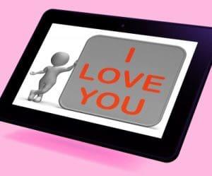 Nuevas frases subliminales de amor, descargar frases de amor para postear en redes sociales