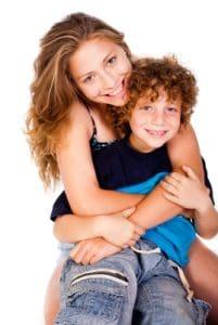 Retos que enfrenta una madre soltera, cómo sacar adelante un hijo sin la presencia del padre