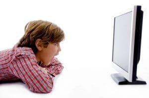 Cuales son los pros y contras de la televisión para tus hijos, consejos buenos para que tus hijos no sean adictos a la televisión
