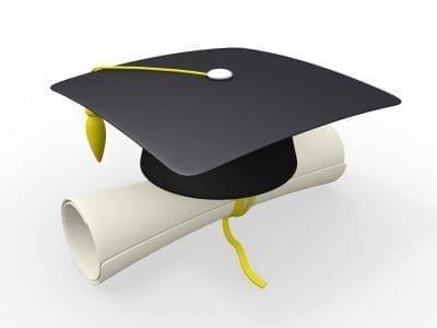 Nuevas Frases Para Comentar Fotos De Graduación
