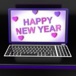 ejemplos de frases de Año Nuevo para mi amor que está lejos, buscar mensajes de Año Nuevo para tu pareja a la distancia
