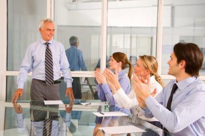 ejemplos de agradecimiento para una secretaria, dedicatorias de agradecimiento para una secretaria