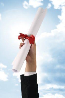 palabras de felicitación por graduación, pensamientos de felicitación por graduación, saludos de felicitación por graduación