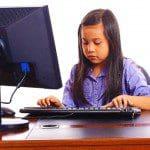 Opciones para proteger a menores en internet, bloquear páginas dañinas para menores de edad, aplicaciones para seguridad de menores en internet, controlar uso de internet en casa, ejemplos de programas para proteger a menores de edad en casa, software para control parental, controlar uso de redes sociales a menores de edad