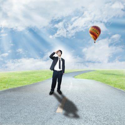 Ventajas y desventajas de trabajar lejos de la familia, cuales son los pro y contras de trabajar lejos