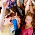 Sugerencias buenas para enamorar una mujer en una fiesta, top 6 consejos que debes saber para conquistar una mujer en una fiesta