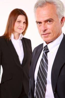 Motivos por los que nos atraen los hombres mayores, porque son más atractivos los hombres mayores