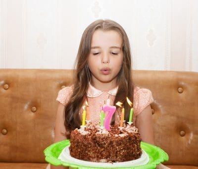 enviar frases bonitas de cumpleaños para mi hija, buscar nuevas dedicatorias de cumpleaños para tu hija