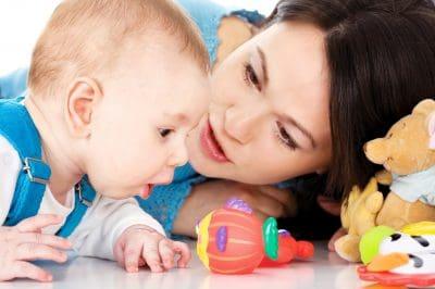 enviar nuevas dedicatorias por el Día de la madre para mamá primeriza, ejemplos de mensajes por el Día de la madre para mamá primeriza