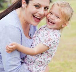 enviar nuevos textos por el Día de la Madre para una amiga, originales mensajes por el Día de la Madre para una amiga